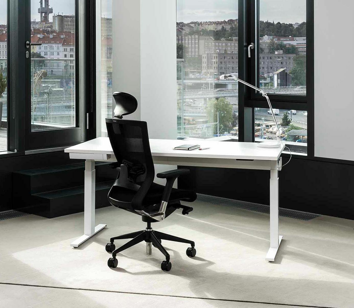 Kancelářský stůl FA UP, 1400x800mm, v.630 až 1290mm