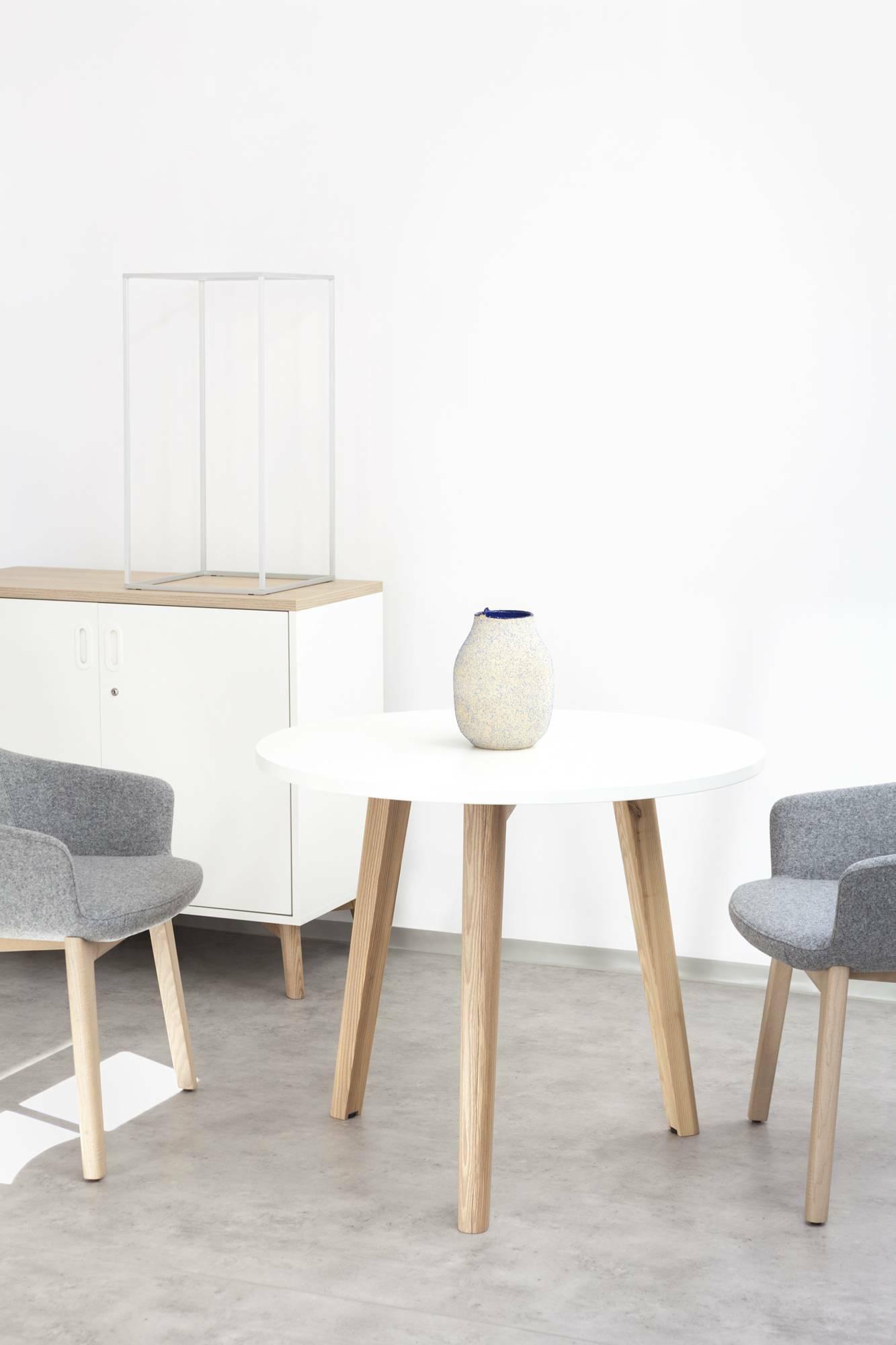 Konferenční stůl ROOT, kruhová deska průměr 900mm, bílá
